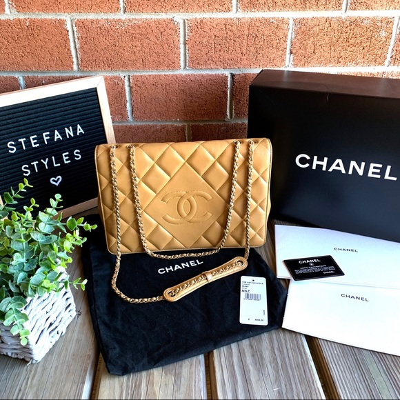 CHANEL Handbags - CHANEL Beige Diamond Quilted Chain Flap Bag